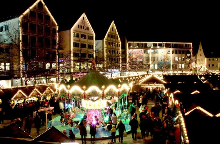 christmas-market-579083_1920